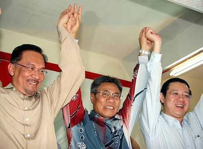 Mansor Othman in victory between 2 party bosses